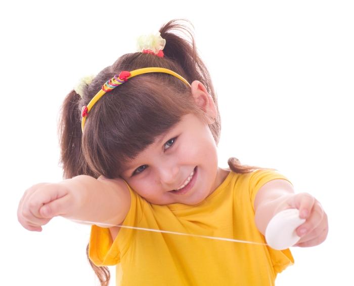 Girl-flossing1