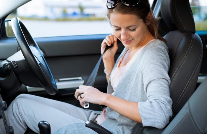 Lady-Seatbelt(1)